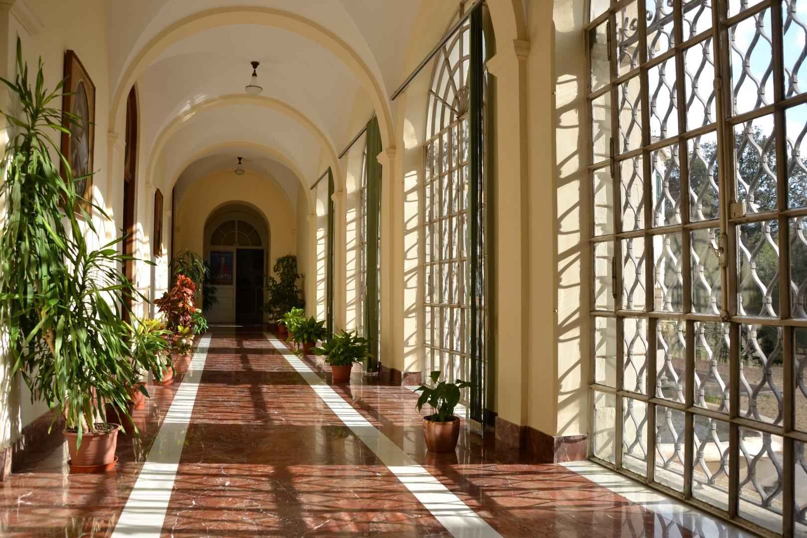 Villa san giovanni struttura della casa per ferie for Amaretti arredamenti villa san giovanni